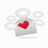 Corazón en correo Fotos de archivo