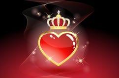 Corazón rojo con la corona Fotos de archivo