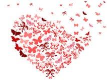 Corazón rojo del vuelo de la mariposa Fotos de archivo libres de regalías