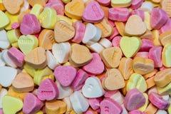 Corazones completos del caramelo del marco fotos de archivo