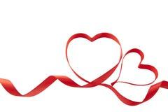 Corazones de la cinta de las tarjetas del día de San Valentín Foto de archivo libre de regalías