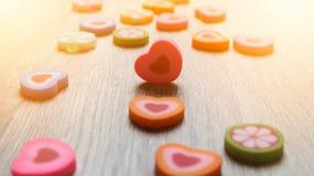 Corazones del borrador El borrador colorido decorativo es el pequeño shap o del corazón fotografía de archivo libre de regalías