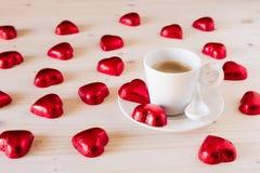 Corazones del chocolate para el día de Valentine's Foto de archivo libre de regalías