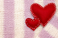 Corazones del rojo de las tarjetas del día de San Valentín Fotos de archivo libres de regalías