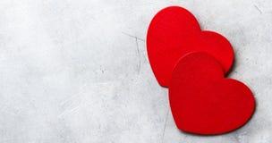 Corazones del rojo del amor del fondo del espacio de la copia del día de tarjetas del día de San Valentín Imagenes de archivo