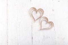 Corazones en forma de corazón de las tarjetas del día de San Valentín del St del recorte foto de archivo