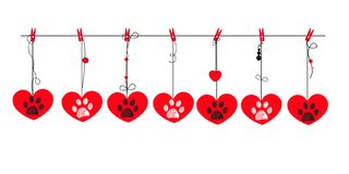 Corazones rojos con las impresiones blancas y negras de la pata Tarjeta de felicitación feliz del día del `s de la tarjeta del dí stock de ilustración