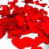 Corazones rojos del día de tarjetas del día de San Valentín en el fondo blanco, tarjeta de la celebración Fotografía de archivo libre de regalías
