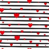 Corazones rojos del modelo inconsútil retro en el fondo blanco rayado Valentine Day Ornament Imágenes de archivo libres de regalías