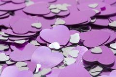 Corazones rosados y de plata metálicos Imagenes de archivo