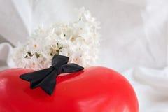 Corazones y flores para el día de tarjeta del día de San Valentín Foto de archivo libre de regalías