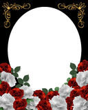 Corazones y marco de la frontera de las rosas Imágenes de archivo libres de regalías