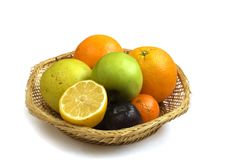 Corbeille de fruits photographie stock