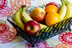 Corbeille de fruits Photos stock