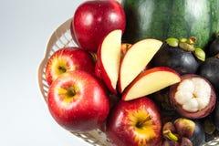 Corbeille de fruits Images libres de droits