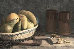 Corbeille de fruits photo stock