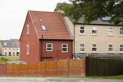 Corby, Royaume-Uni - 29 août 2018 : bâtiment anglais ou maisons de vieux brik classique image libre de droits