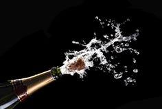 Corcho del champán que hace estallar Fotografía de archivo