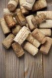 Corchos clasificados del vino imagenes de archivo
