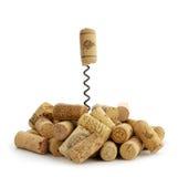 Corchos y sacacorchos del vino Imagenes de archivo