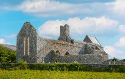 Corcomroe-Abtei, Grafschaft Clare, Irland Lizenzfreie Stockbilder