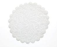 Cordón hecho a ganchillo en blanco foto de archivo libre de regalías