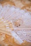 Cordón y perfume para casarse Imagen de archivo