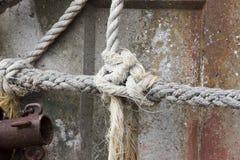 Corda amarrada do nó, fim acima Foto de Stock Royalty Free