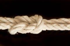 Corda d'annata del wite con il nodo Fotografia Stock Libera da Diritti