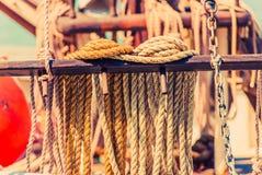 Corda da amarração do iate Imagens de Stock