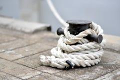 Corda do porto fotografia de stock royalty free