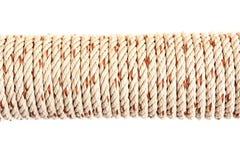Corda grossa torcida isolada no fundo branco Imagens de Stock