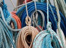 Cordas coloridas da pesca foto de stock