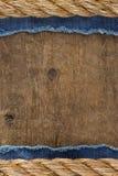 Cordas do navio na madeira Imagens de Stock