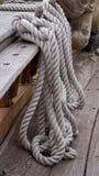 Cordas em torno de um grampo Foto de Stock