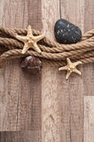 Corde, étoile de mer, pierres de mer Image libre de droits