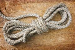 Corde avec des noeuds Images libres de droits