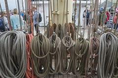 Corde e caviglie della vela Fotografia Stock