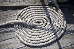 Corde en spirale de bateaux Photo stock