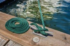Corde nautique d'amarrage photo libre de droits