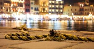 Corde nautique sur un dock Photographie stock libre de droits
