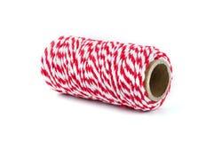 Corde rouge et blanche d'isolement sur le fond blanc Images stock