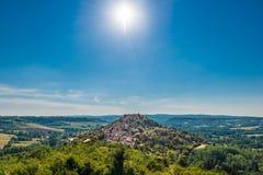 Cordes-sur-Ciel, Francja od wschodniego punktu widzenia Zdjęcia Royalty Free