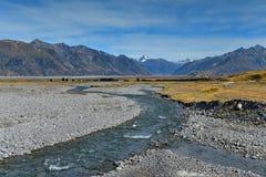 Cordilheiras cênicos na região dos lagos Ashburton em Nova Zelândia Imagem de Stock Royalty Free