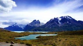 Cordillera Paine i nationalparken för `-Torres del Paine `, Patagonia Royaltyfri Foto