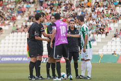 CORDOBA, ИСПАНИЯ - 18-ОЕ АВГУСТА: Abel Gomez w (23) в действии во время лиги Cordoba спички (w) против Ponferradina (b) (1-0) Стоковые Фото