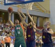 CORDOBA, ИСПАНИЯ - 14-ОЕ СЕНТЯБРЯ: PIERRE ORIOLA g (18) в действии во время FC Barcelona спички (b) против CB Севильи (g) (91-85) Стоковая Фотография