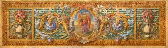Cordoba - detilen från barock målarfärg på altaret i Basilika del Juramento de San Rafael med den blom- bevekelsegrunden och ärke Royaltyfri Fotografi