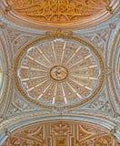 Cordoba - Kuppel der Hauptkapelle der Kathedrale durch Juan de Ochoa von 16 cent mit der gotischen und barocken Wölbung Lizenzfreies Stockfoto