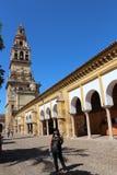 cordoba main mosque s tower Большой интерьер мечети или Mezquita известный в Cordoba, Испании стоковая фотография rf